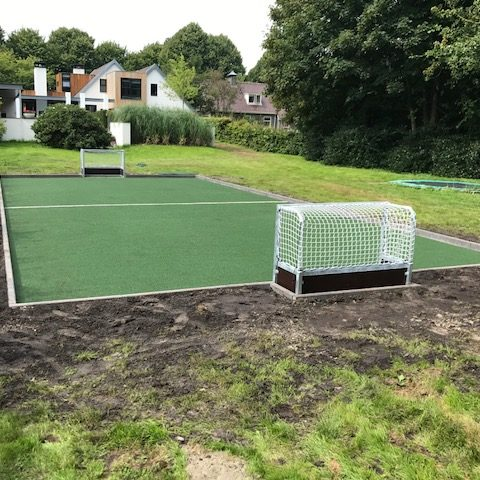kunstgras hockeyveldje